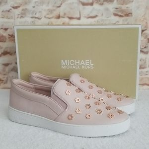 New Michael Kors Keaton Leather Studded Sn…